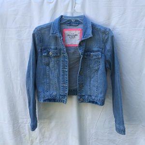 Abercrombie&Fitch cropped denim jacket size L